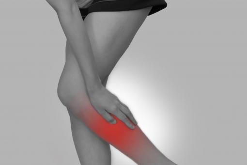 すねの外側の筋肉が張る原因とは?